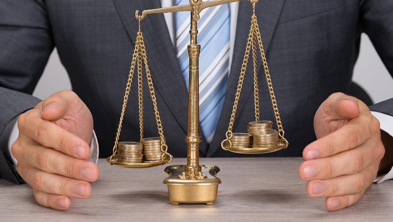 юрист по финансовым вопросам в Симферополе