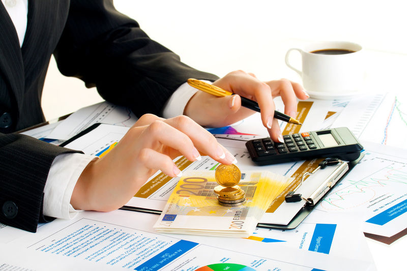 Услуги финансового юриста в Симферополе